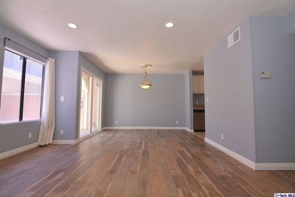 27123 Crossglade Avenue, Canyon Country, CA 91351 Photo 4