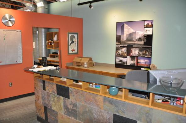 808 E. St., Anchorage, AK 99501 Photo 7