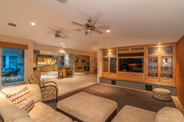 77545 Robin Rd., Palm Desert, CA 92211 Photo 11