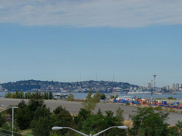 3213 Harbor Ave. S.W., Seattle, WA 98126 Photo 4