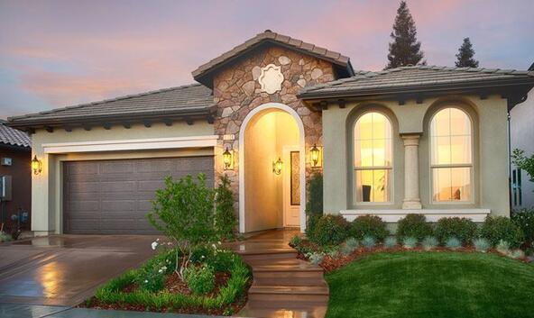5651 N. Tisha Ave., Fresno, CA 93723 Photo 1