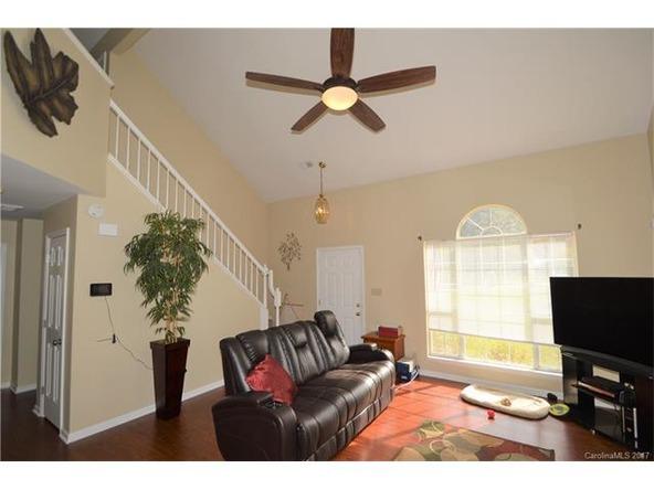 8713 Kirkley Glen Ln., Charlotte, NC 28215 Photo 4
