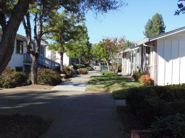 6026 Montgomery Corners, San Jose, CA 95135 Photo 2